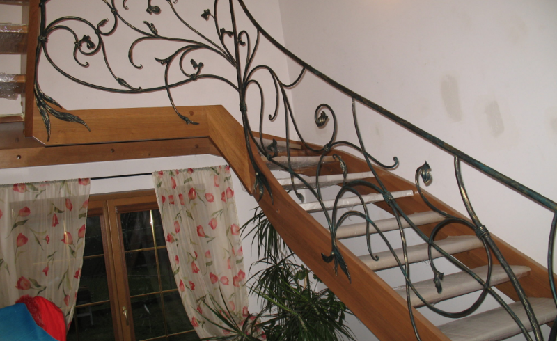 balustrady kute - schody